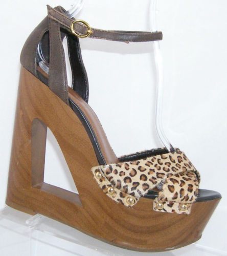 Primary image for Jessica Simpson Niki chettah print ankle strap studded platform wedges 7B