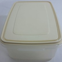 Rubbermaid 33 Cup Servin Saver Number 8 almond vintage container Storage... - €17,84 EUR