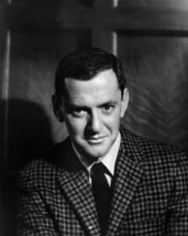 Tony Randall in Pillow Talk portrait in checkered jacket 16x20 Canvas Giclee - $69.99