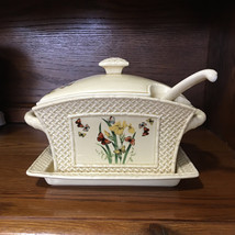 1978 Enesco Butterfly Garden Trellis Soup Tureen With Ladle and Under Plate - $25.95