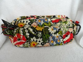 Vera Bradley Retired Travel Toiletry Trip Kit Poppy Fields - $24.50
