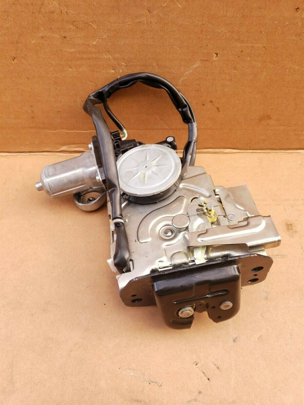 09-13 Ford Flex Rear Hatch Tailgate Liftgate Power Lock Latch Motor Actuator