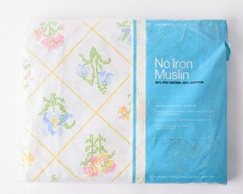 Vintage JcPenny No Iron Muslin Fitted Sheet Full Floral Design 130 Threa... - $24.74