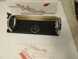 Sally Stanley Smocking Pleater 24-Row Needles Manual & Box EUC image 4
