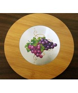"""1 Natural Bamboo Heat Pad, Kitchen Decor, ENGRAVED GRAPES, ROUND, approx.7"""" - $7.91"""