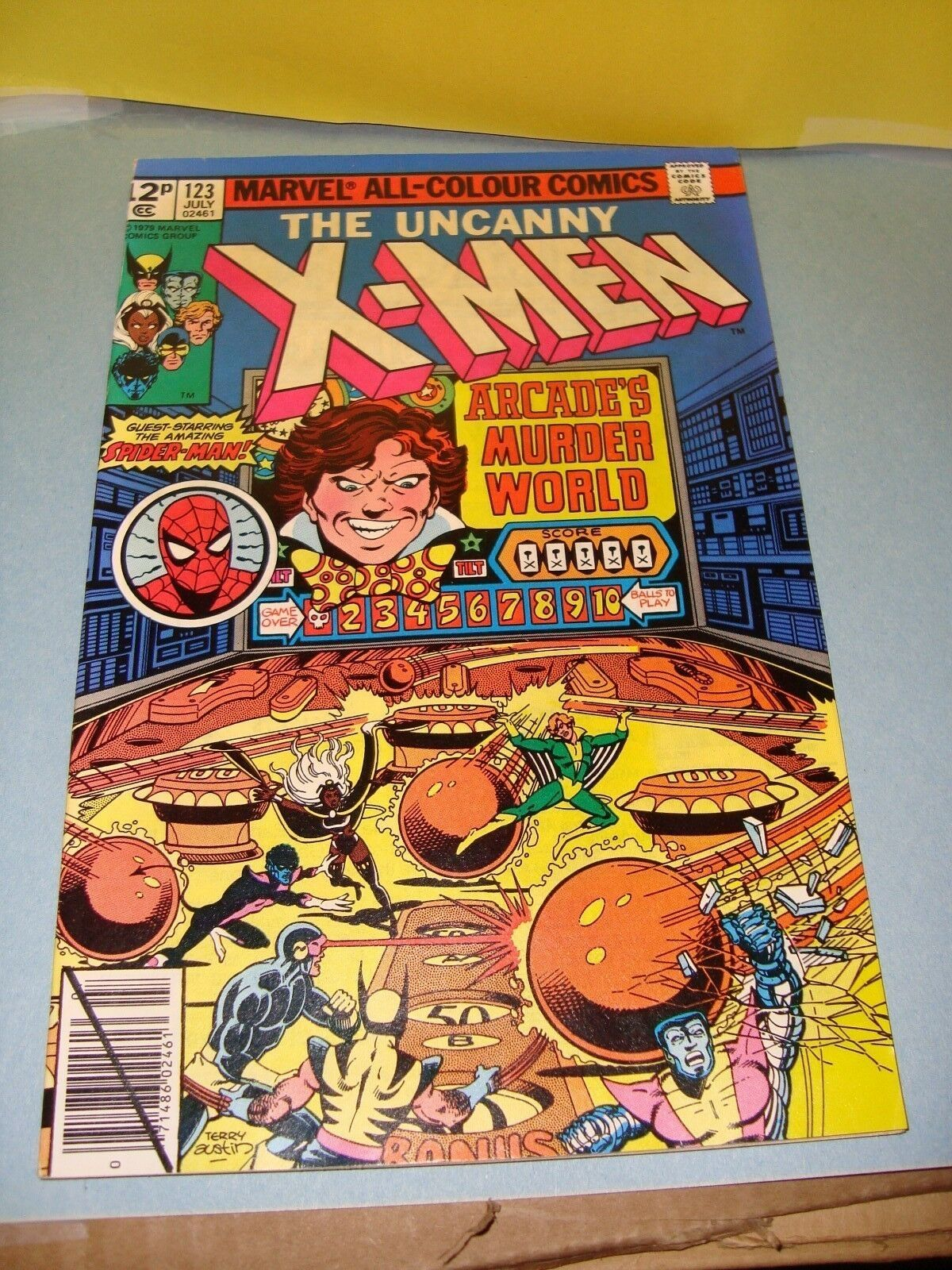 Uncanny X-Men #123 Original Marvel Comic Book from 1979 Spider-Man / Storm VF