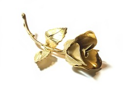 Vintage 1960s Giovanni 3D Rose Brooch - Signed Book Piece - $29.95