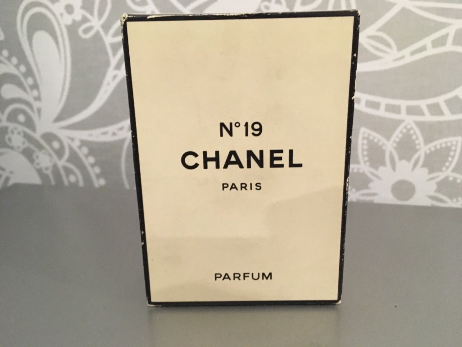 Primary image for RAREST CHANEL NO 19 PURE PARFUM 56ml VINTAGE NEW&SEALED