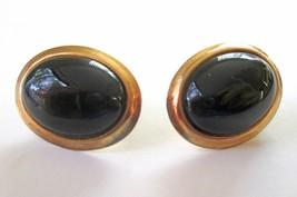 1970s Vintage Oval Black Onyx & Gold Tone metal earrings Pierced ears VF... - $15.83