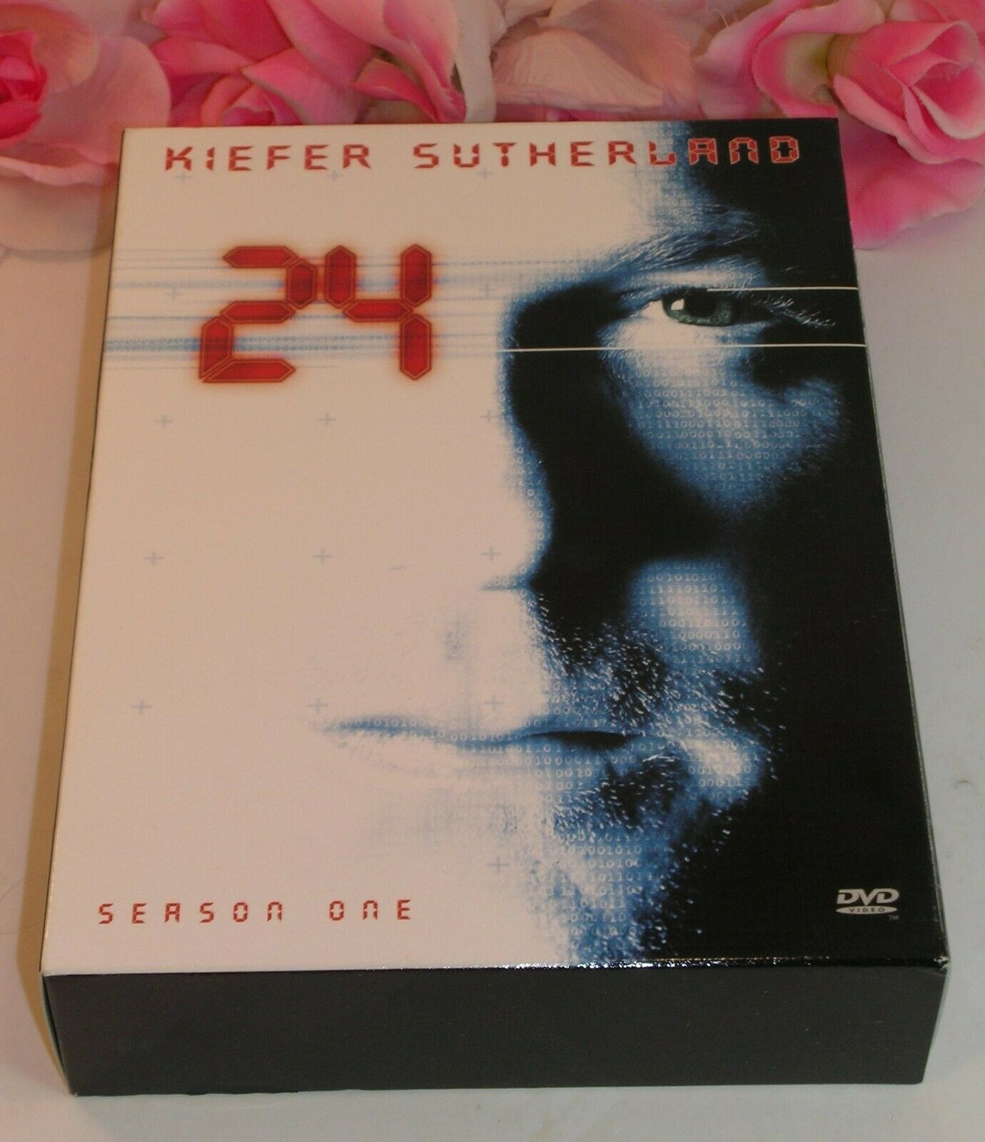 Primary image for 24 Kiefer Sutherland Complete Season One (1) TV Series Gently Used DVD's 6 Discs