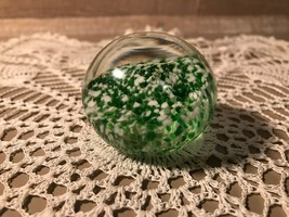 Art Glass Paperweight Green and White 2 Inch Vintage - $22.58