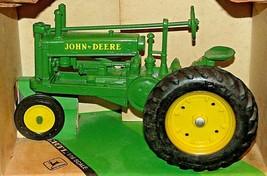 ERTL John Deere Die-cast 1934 Model A Tractor 1:16 Scale AA20-JD2084 image 2