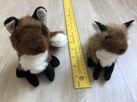 LIKE NEW LOT OF 2 Folkmanis Plush Foxes Finger Puppets - $3.50