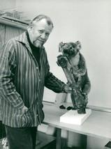 Vintage photo of Gunnar Brusewitz with a Koala - $13.91