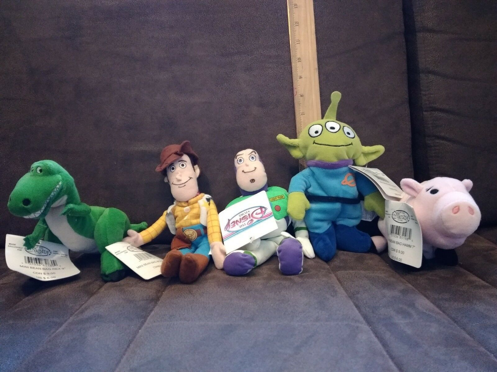 "Set of 5 Disney story ""Toy Story"" characters."