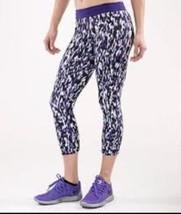 Nike Stampa Relè Tight Capri XS Tagliati Pantaloni Legging Viola Bianca - €27,10 EUR