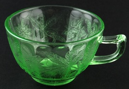 Jeannette Glass Floral Poinsettia Orphan Cup Green Depression New - $5.00