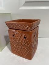 New Scentsy Full Size Warmer Savoy - $29.99