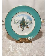 1978 AVON Christmas Plate Series Trimming the Tree Wedgewood - $23.00