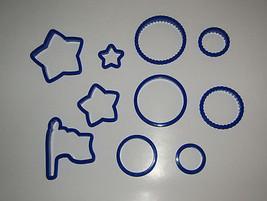 Cookie Cutters Flag Set of 10 Circles Stars Wilton Plastic Blue Patriotic  - $10.38 CAD