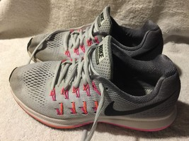Used/Imperfect Nike Zoom Pegasus 33 Running shoes Womens size 8.5 (no in... - $27.71