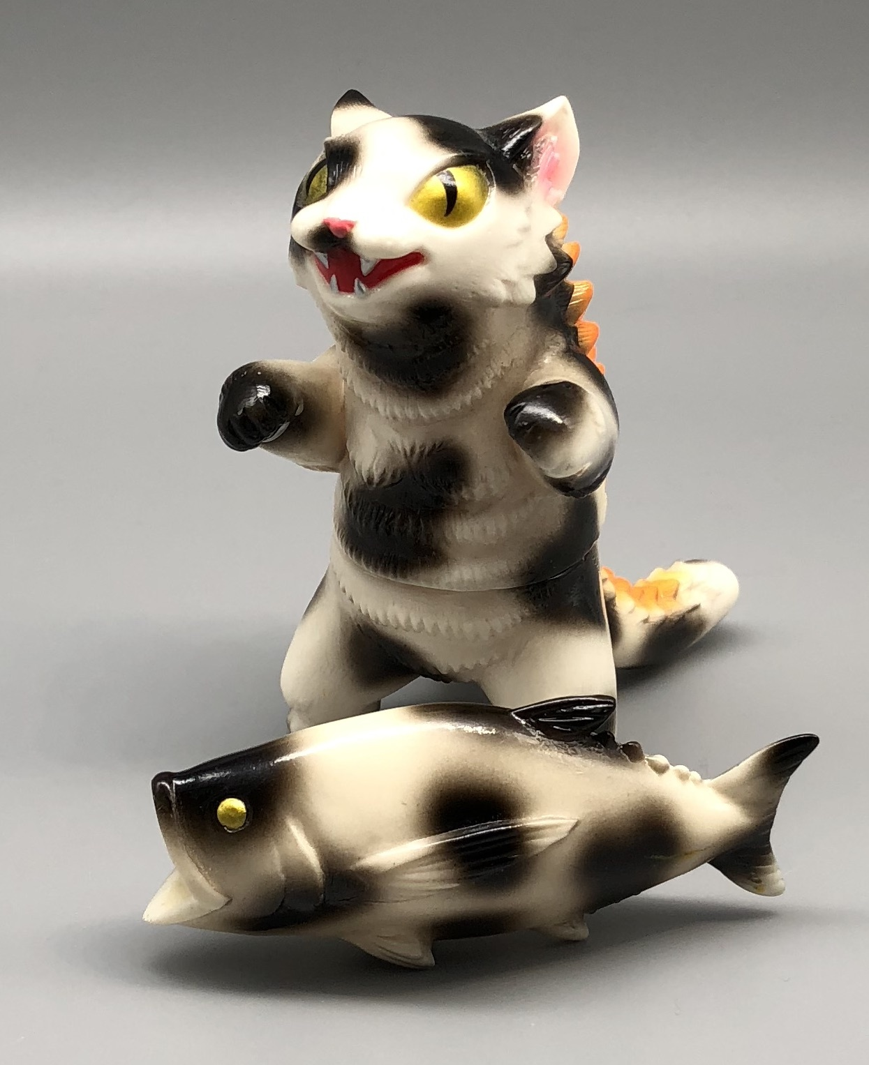 "Max Toy ""Cow"" Negora w/ Fish"