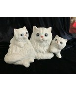 HOMCO White Persian CAT with Playful KITTENS #1412 - $12.00
