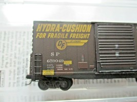 Micro-Trains # 10144060 Southern Pacific Weathered 40' Hy-Cube BoxCar N-Scale image 2