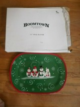 """CHRISTMAS SNOWMAN GREEN PLATTER  BOOMTOWN CASINO NEW ORLEANS.17"""" OVAL CE... - $11.87"""