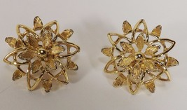 Vintage Signed Sarah Coventry Double Star Shaped Clip On Earrings - $8.79