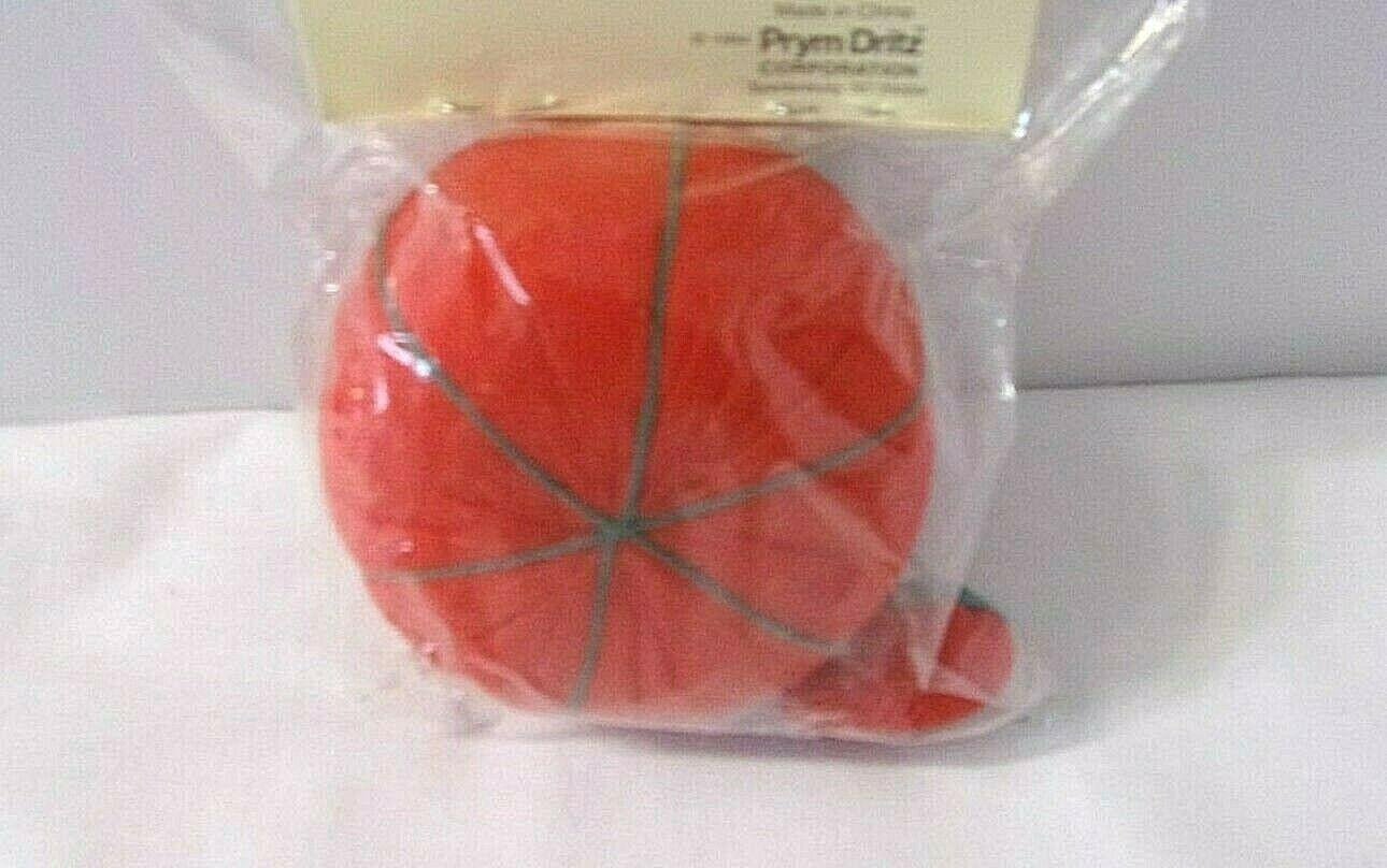 Tomato Pincushion with Emery Sharpener Dritz Green Red 732 Pin Cushion NEW