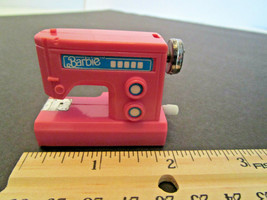 Barbie Doll vintage Mattel 1980s Wind-up Sewing Machine with sound and movement - $6.95
