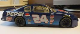 Jeff Gordon #24 Pepsi / Fritos 2000 NASCAR Revell 1:24 Diecast Monte Carlo - $19.88