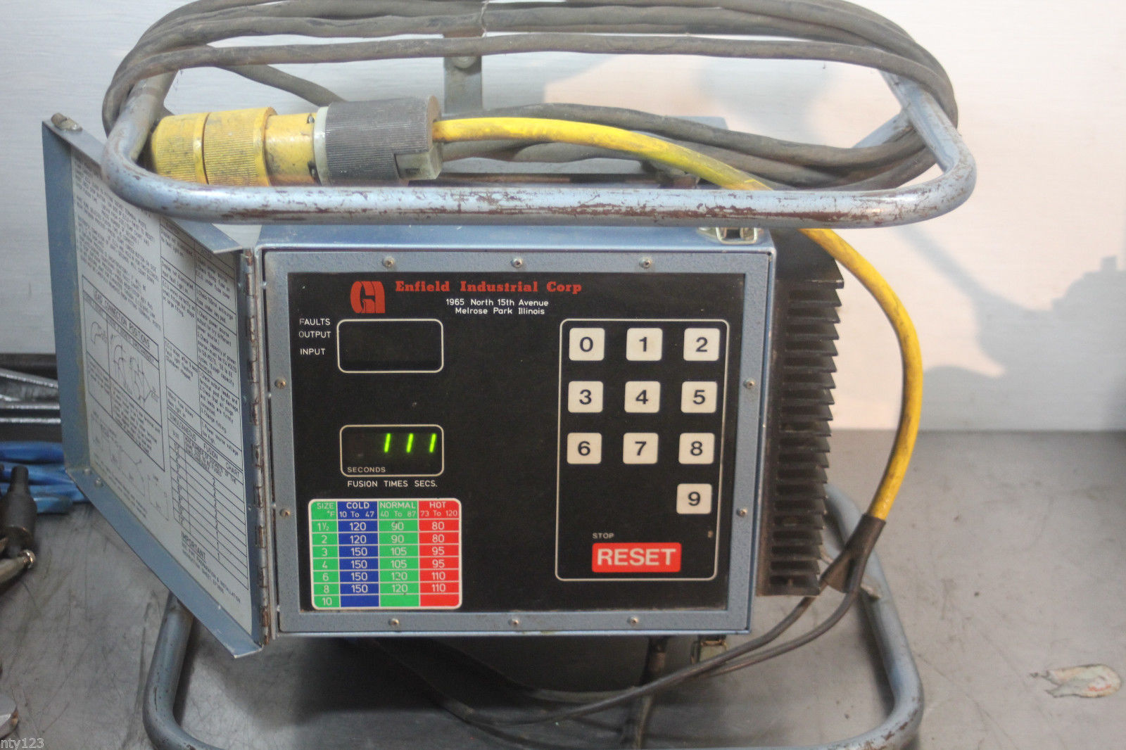 TA Systems TA-40EC Ultrasonic Plastic Welder Welding Head Converter Horn