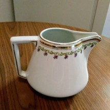 Myott.Son & Co England Porcelain White Gold Trim Green Scrolls Creamer    image 1