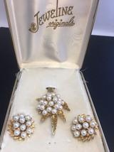 Vintage Jeweline Originals Faux Pearl Clip Earring Pendant Set Goldtone ... - $37.66