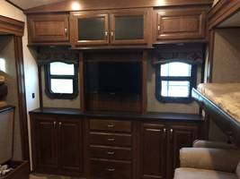 2017 JAYCO NORTH POINT 375BHFS FOR SALE IN ADA, OK 74820 image 13