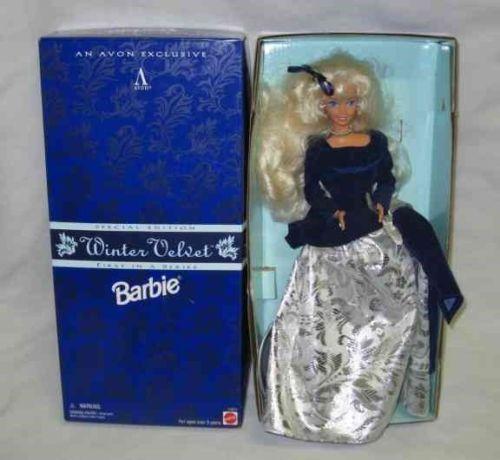 BEAUTIFUL 1995 Mattel WINTER VELVET BARBIE Doll