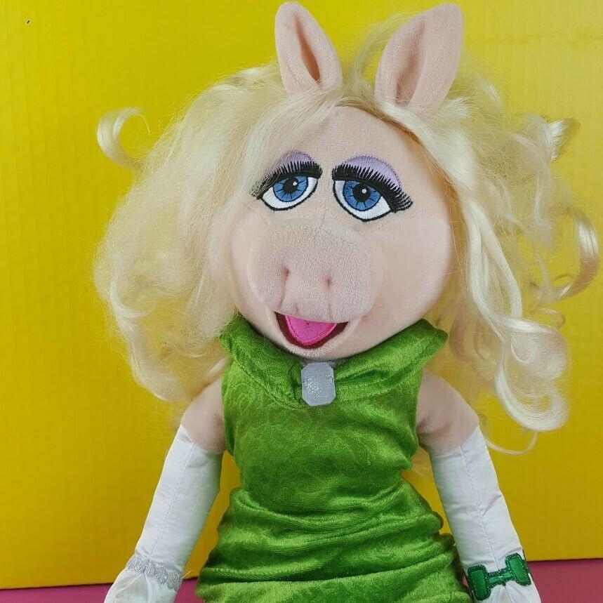 "Disney Store Plush Miss Piggy Doll Muppet Most Wanted Emerald Green Dress 20"" image 3"