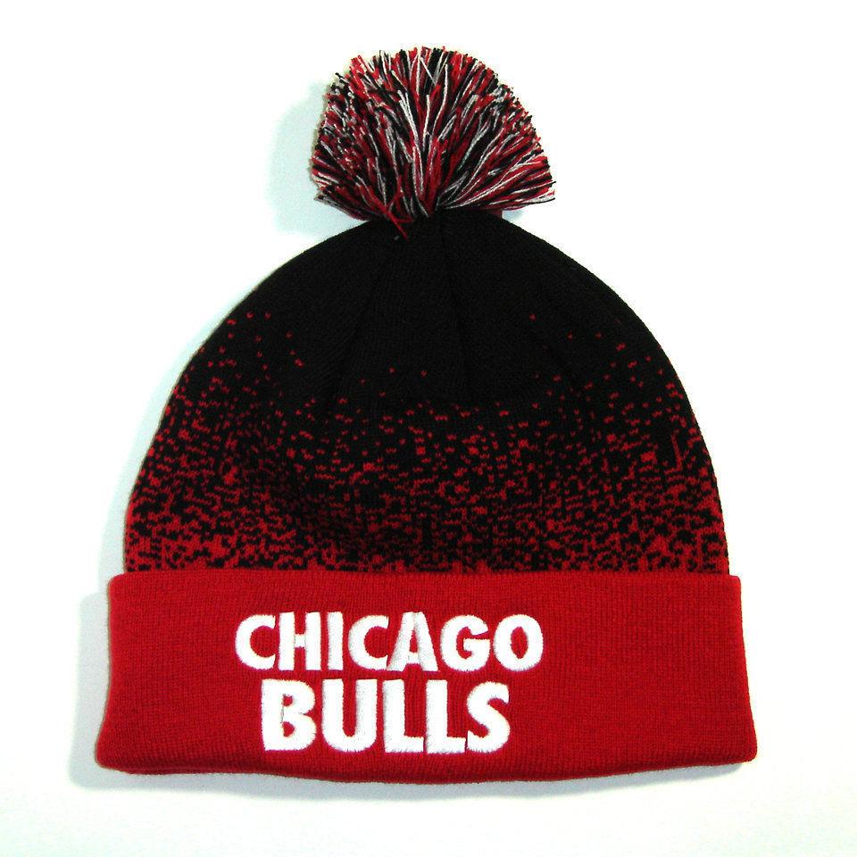 Genuine Mitchell /& Ness Adult Chicago Bulls 2 Tone Winter Knit Beanie