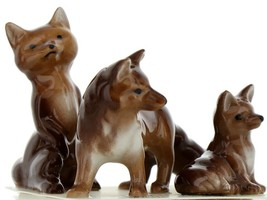 Hagen Renaker Miniature Wildlife Fox Family Mama, Papa & Baby 3 Piece Set image 1