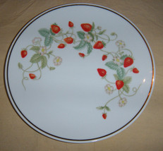 "CROWN BAVARIA  Germany STRAWBERRY 8""  Porcelain... - $7.92"