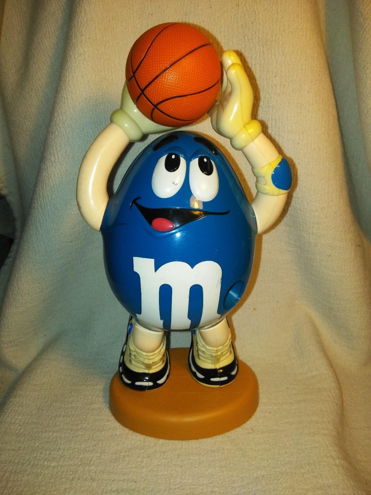 Primary image for BLUE M&M BASKETBALL CANDY DESPENSER