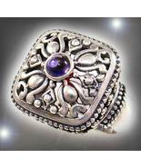 Ornate haunted ring 9 thumbtall