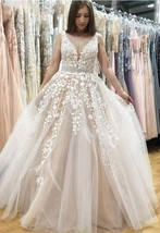 New Ball Gown Wedding Dresses Formal Tulle Lace Appliques Pealrs Bridal ... - $154.85