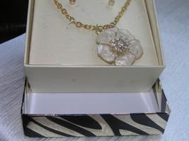 Estate Demi D'Lux Cream Enamel Flower with Clear Rhinestone Paste Post E... - $12.19