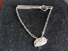 Tie bar with chain, Lorain, Los Angeles - $20.43