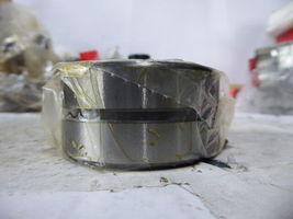 McGill MR 32 / MR32 Needle Roller Bearing Open New image 3