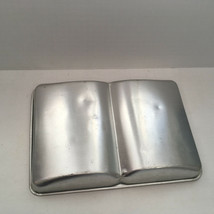 vintage 1977 wilton book shaped cake pan open book novelty birthday party supply - $12.17