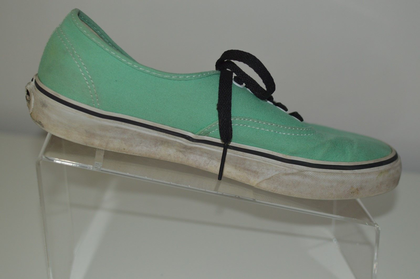 3eb868f31b3ac7 Vans Canvas Off The Wall Green Shoes
